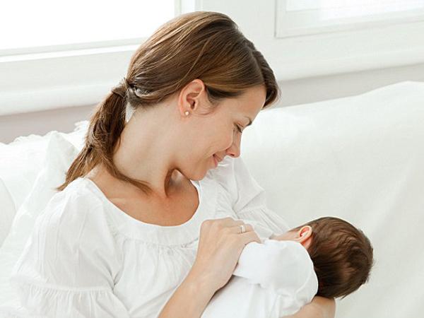 Các vấn đề về vú thường gặp trong hành trình nuôi con bằng sữa mẹ