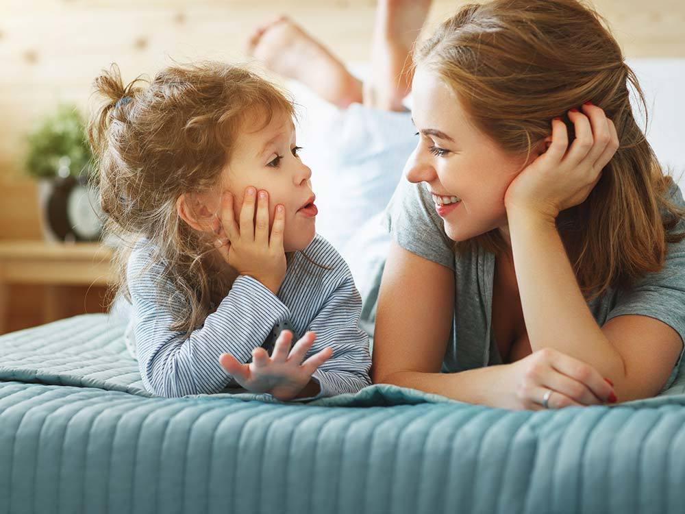 Cha mẹ bỏ túi ngay những mẹo dạy con hiếu thảo từ khi còn bé