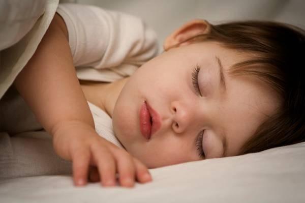 Mách mẹ bí quyết để trẻ ngủ riêng dễ dàng, mẹ nhàn tênh